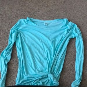 Light blue crew neck PINK small